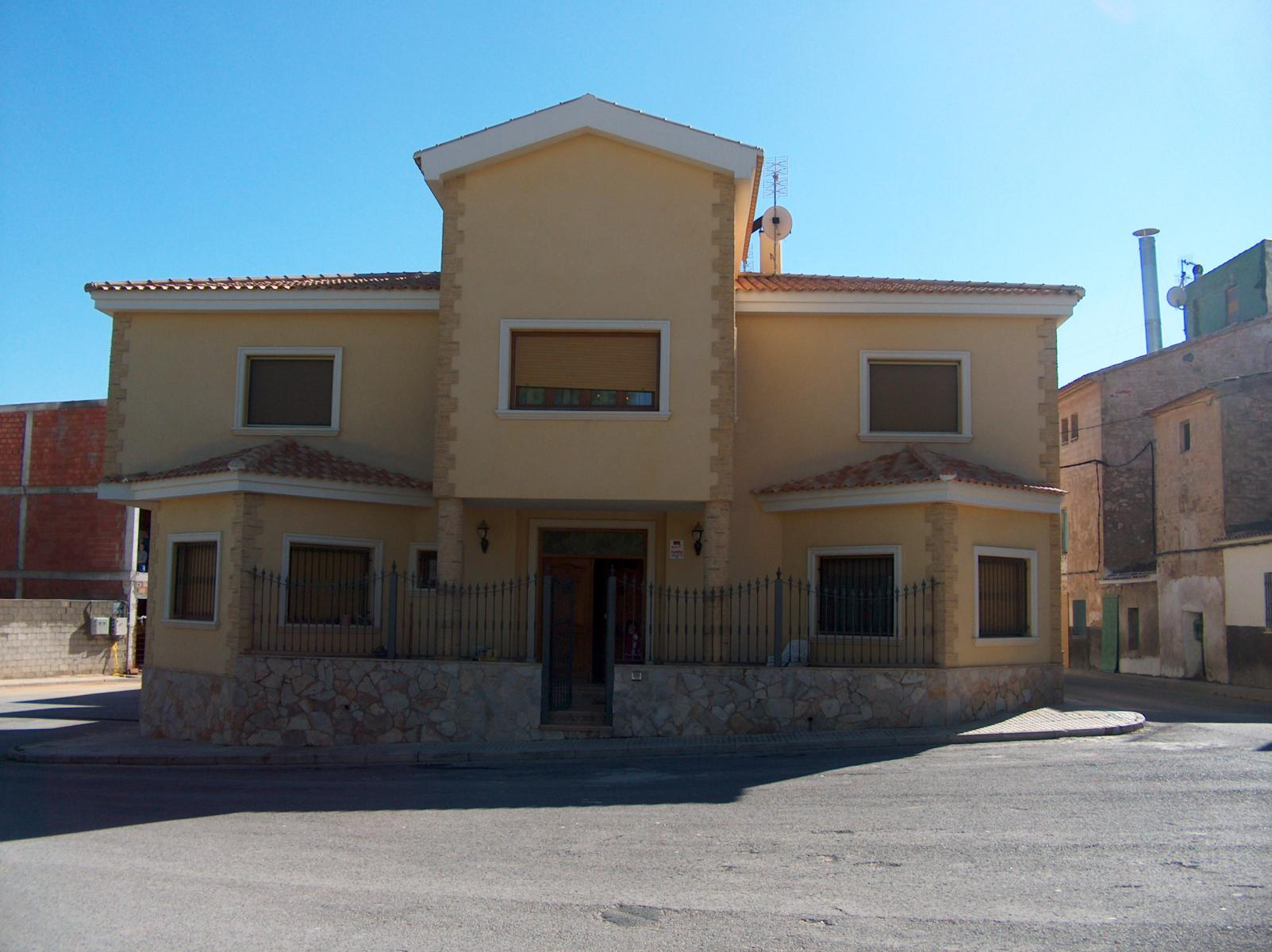 Ref:B_001_20 Townhouse For Sale in Pinoso